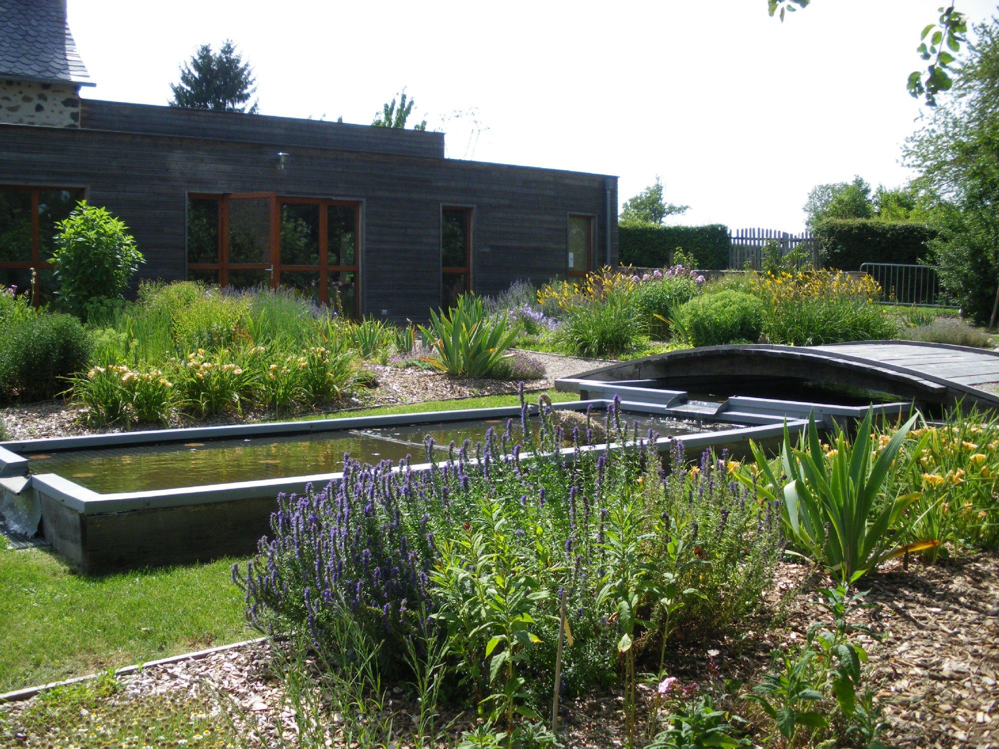 Le jardin des 5 sens visite tourisme aveyron for Jardin 44 des 5 sens