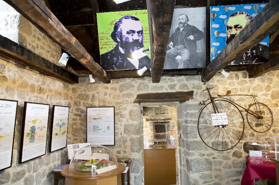 Musée et Espace Charles de Louvrié à Bes Bédène
