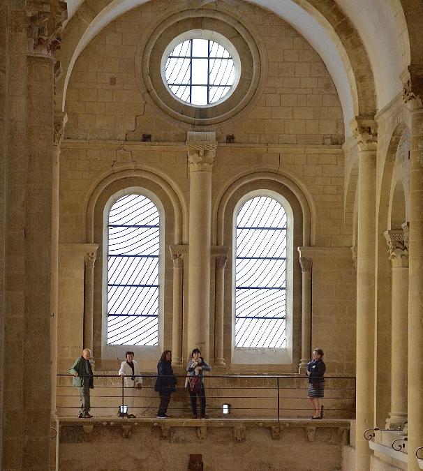 Conques - Visite guidée Les vitraux de Soulages